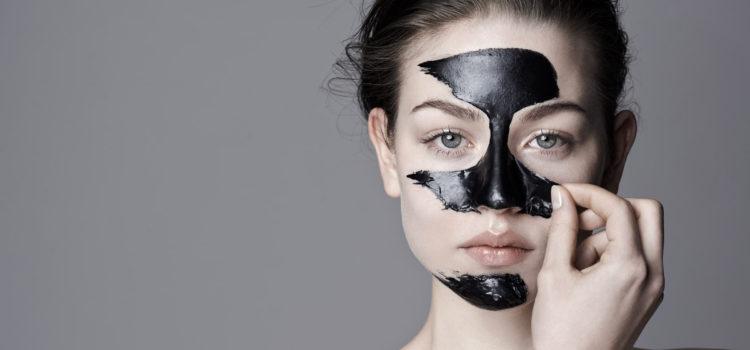 Maschera punti neri